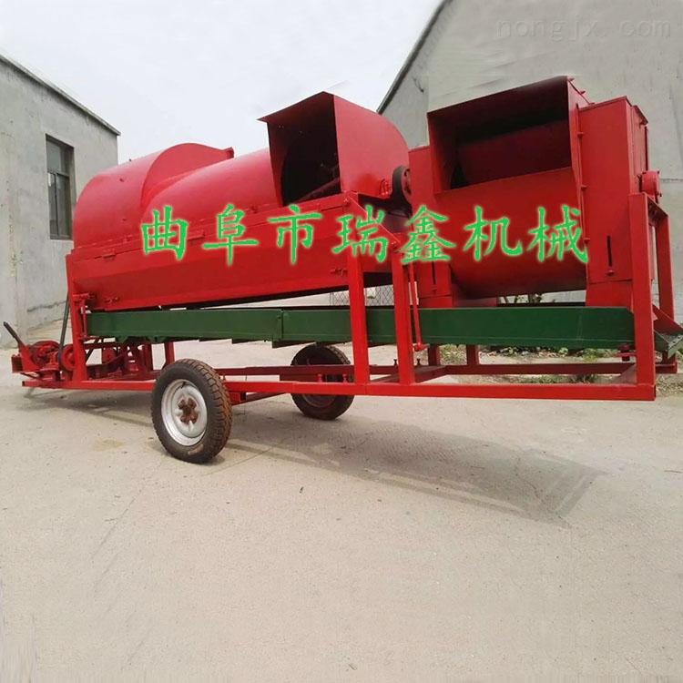 四轮车带大型花生摘果机