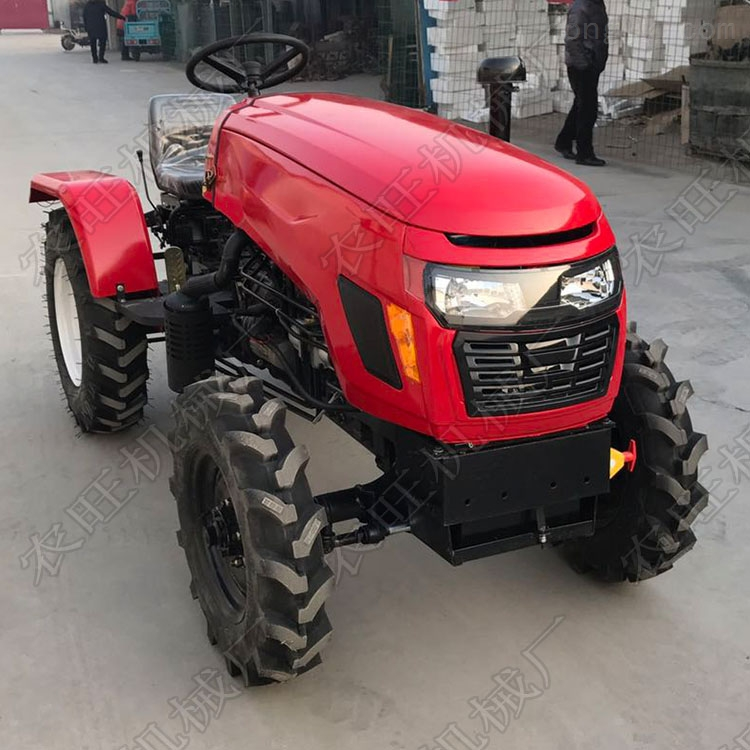 中型四轮四驱拖拉机 804四轮多缸拖拉机