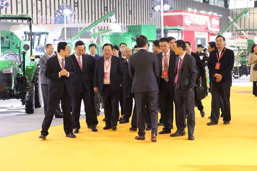 2019江甦農機展︰重要領導及嘉賓參觀展覽