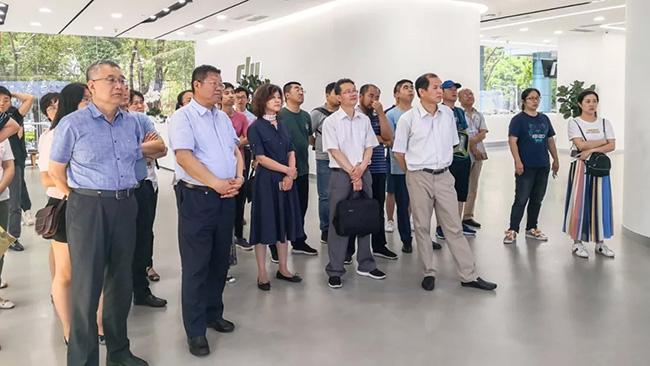 全国各地千赢国际城推广系统领导组团参观 DJI 大疆,点赞自主创新