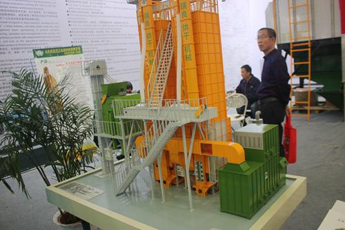 江苏省积极开展农机安全检查,充分发挥农业机械使用效率