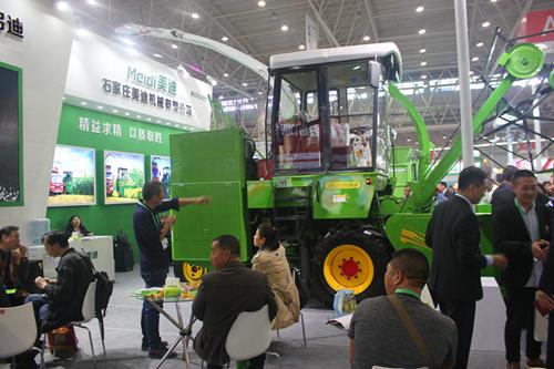 农业农村部部署加快推进畜牧业机械化发展